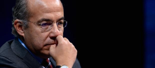 Felipe Calderon incia otra crisis en el PAN