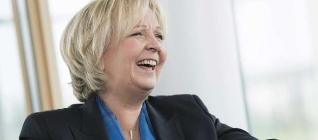 Hannelore Kraft - Reportage | Editorial | Documentary photography ... - ralphsondermann.com