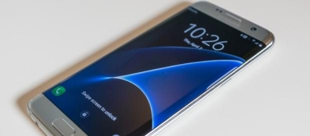 RSS] - Android 7.0 is now available for the U.S. unlocked Samsung ... - newhax.com