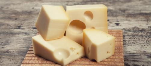 Eating Cheese Doesn't Actually Increase Your Cholesterol: Study - huffingtonpost.ca