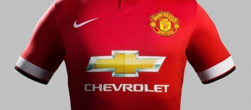 Manchester United in vetta alla classifica delle maglie più vendute al mondo.