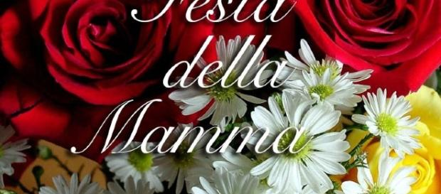 Festa della mamma: frasi di auguri speciali da dedicarle il 14 maggio