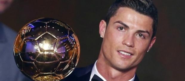 Real Madrid: Un seul joueur encore en lice pour battre CR7 au Ballon d'Or!