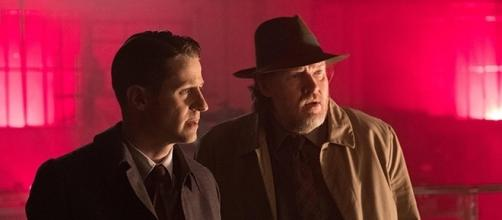 "Ben McKenzie and Donal Logue star as Jim Gordon and Harvey Bullock in ""Gotham,"" which returns for season 4 later this year. (via Fox/SpoilerTV)"