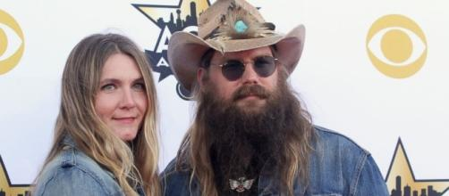 Chris Stapleton keeps the music genuine on second album, and don't expect glitz anytime soon. - go.com