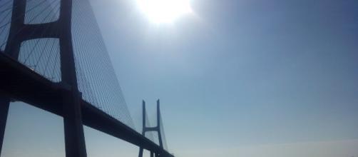 Ponte Vasco da Gama em Lisboa, Portugal