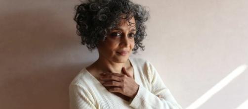 Arundhati Roy torna con il suo secondo romanzo vent'anni dopo Il ... - illibraio.it