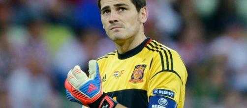 Avec sa 166e sélection, Iker Casillas rentre un peu plus dans l ... - eurosport.fr