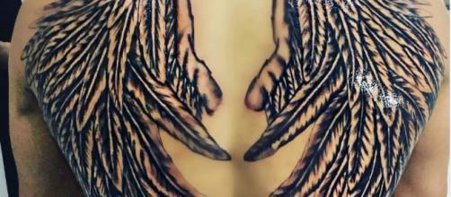 Le nouveau tatouage de Vivian (Secret Story 8, Les anges 7) ne plaît pas à tout le monde !