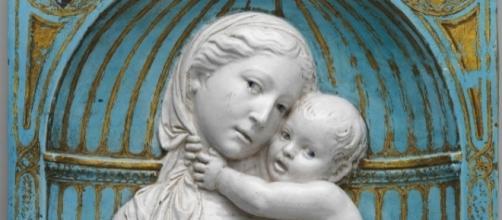 """Luca della Robbia, """"Virgin and Child in a niche"""" FAIR USE hyperallergic.com Creative Commons"""