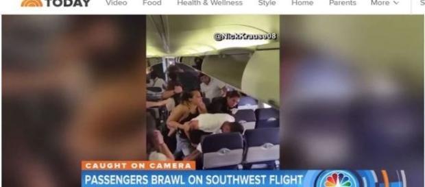 Briga em avião repercute na imprensa norte-americana (Today)