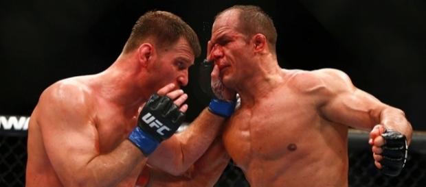 Champ Stipe Miocic official for UFC 211 rematch vs. Junior Dos ... - mmajunkie.com