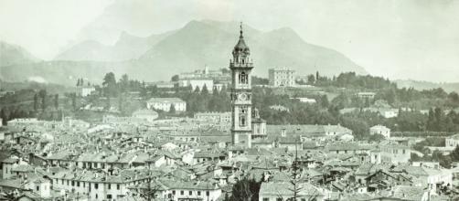 Francesco Fidanza, Panorama di Varese da Villa Montalbano, gelatina ai sali d'argento, 1900 circa, Varese, Archivio Fotografico dei Musei Civici