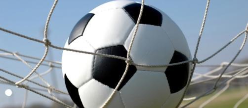 Il Matera è a un passo dalla Lega Pro. Real Metapontino sconfitto ... - basilicatamagazine.it