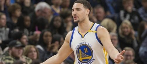 Klay Thompson signed a Warriors fan's toaster, and the photos are ... - usatoday.com