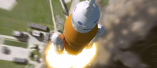 NASA won't fly people on the 1st mission for its Space Launch ... - mashable.com