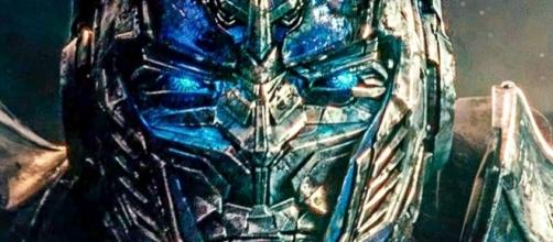 Transformers: The Last Knight Extended Super Bowl Trailer Is Here - movieweb.com