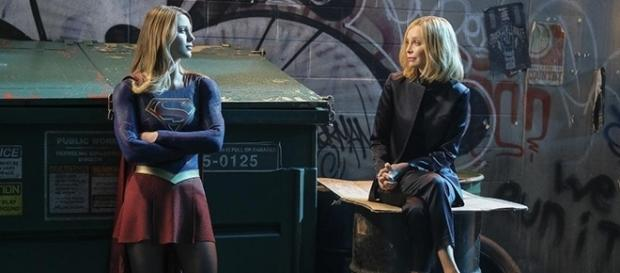 "Calista Flockhard returns as Cat Grant in the season 2 finale of ""Supergirl."" (via SpoilerTV/The CW)"