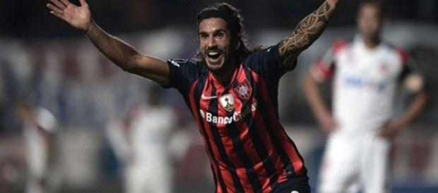 Flamengo sai na frente, mas cede o empate no último lance