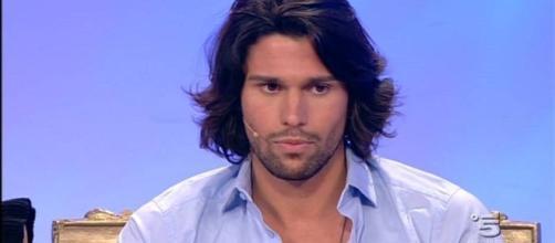 Uomini e Donne, la scelta di Luca Onestini in tv
