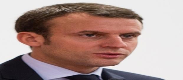 Emmanuel Macron all'Eliseo: termina l'era di Hollande