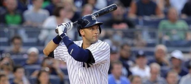 Photo: Yankees' Derek Jeter | fansided.com (sourced via Blasting News Library)