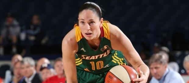 Sue Bird may make her WNBA season debut in Sunday's home opener. [Image via Blasting News image library/slamonline.com]