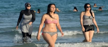 Les femmes en burkini sur les plages de Cannes