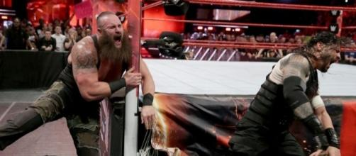 Braun Strowman will be sidelined from WWE action for some time due to his shoulder issues. [Image via Blasting News image library/inquisitr.com]
