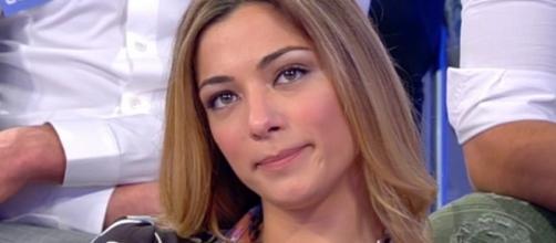 Uomini e Donne : Soleil Sorgé non piace a nessuno? Anche i familiari di Luca Onestini sembrano delusi dalla scelta