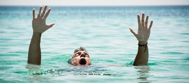 Pastor tentou andar sobre águas com crocodilos e foi devorado. Foto ilustrativa (Foto: Bigstock)