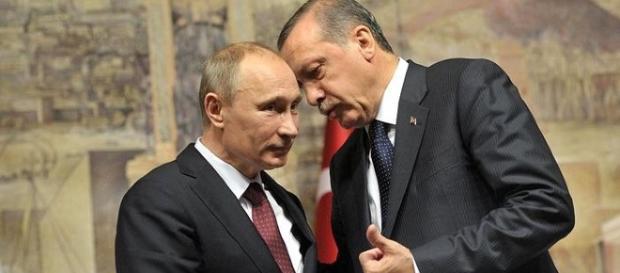 Putin e Erdogan haviam discutido criação de zonas de segurança anteriormente, buscando se unirem politicamente na região