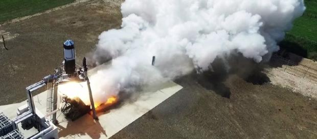 Rocket Lab's experimental rocket arrives at New Zealand launchpad ... - theverge.com