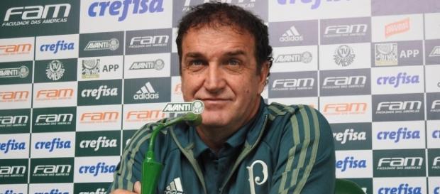 Técnico Cuca concede entrevista coletiva após vitória contra o Vasco (Foto: Reprodução)