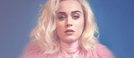 Katy Perry: Chained To The Rhythm è il nuovo singolo | BitchyF - bitchyf.it