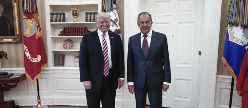 Informazioni top secret rivelate ai russi: bufera su Trump