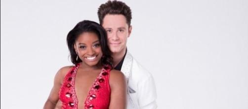 Simone Biles and Sasha Farber eliminated from 'Dancing with the Stars' - Photo: Blasting News Library - nbcsports.com