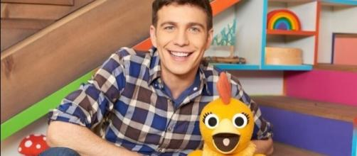 """Tim hosts a show on Sprout called """"Sunny Side Up"""". / Photo via Beth Blenz-Clucas, Sugar Mountain PR. Used with permission."""