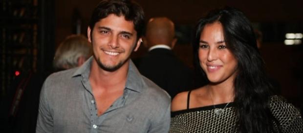 Atriz da Globo Yanna Lavigne está grávida de Bruno Gissoni