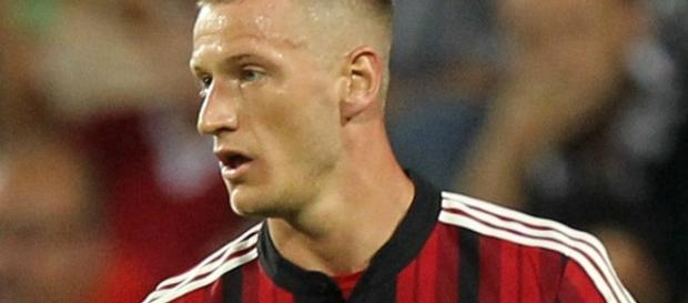 Calciomercato Milan, il retroscena: Inter su Abate, Galliani ha ... - calciomercatonews.com