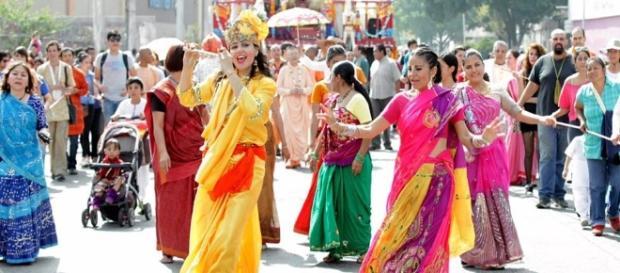 Comunidad Krishna celebra Ratha Yatra en Guadalajara - Grupo Milenio - milenio.com