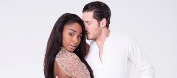 Dancing With the Stars' Normani Kordei and Val Chmerkoivy - Photo: Blasting News Library- go.com