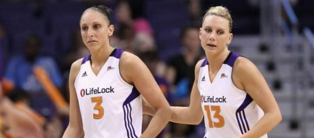 Diana Taurasi and Penny Taylor have officially become married. [Image via Blasting News image library/sportingnews.com]