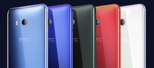 HTC announces its squeezable U11 flagship phone - TechSpot - techspot.com