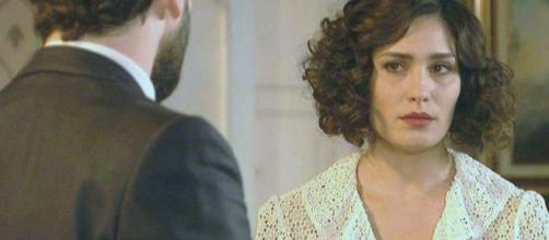 Camila scopre che suo marito l'ha tradita