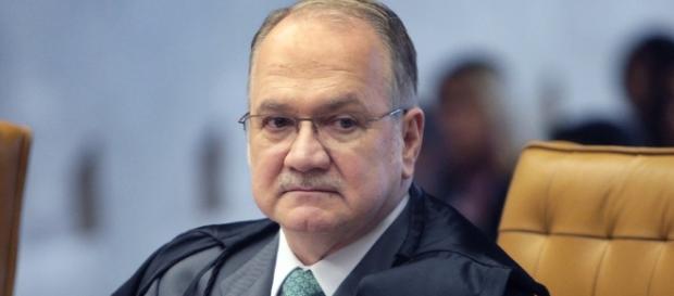 Edson Fachin pode ter suas ordens desobedecidas no Senado Federal