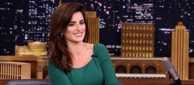 Penélope Cruz to Play Donatella Versace on 'American Crime Story ... - broadcastingcable.com
