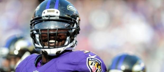 Ravens Release Elvis Dumervil - profootballrumors.com
