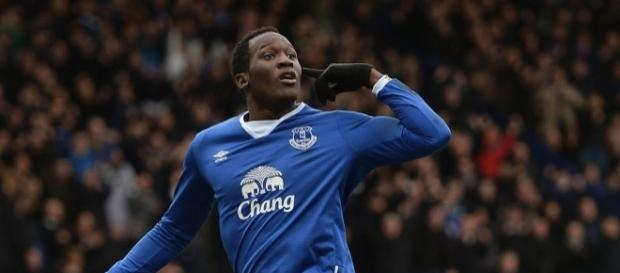 Romelu Lukaku must transfer to Man Utd or Bayern Munich says ... - metro.co.uk