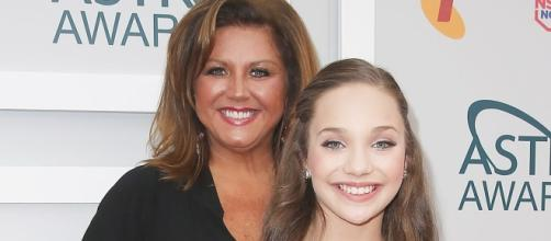 'Dance Moms' Maddie Ziegler ignores Miller's jail time, spend time with new beau. - usmagazine.com